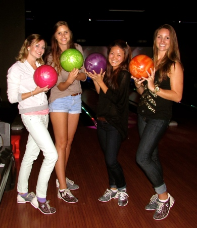 From right: Sam, Mieke, Su and I modeling our funky bowling shoes