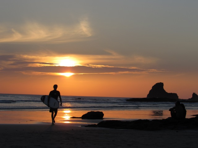 A perfect San Juan Del Sur beach sunset
