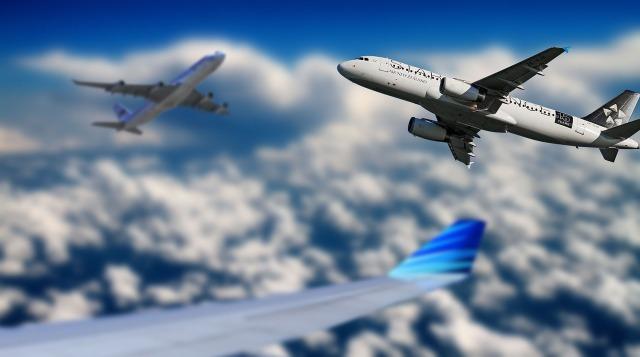 aircraft-666832_1280