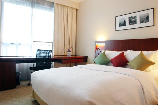 Executive_Premier_Room_-_Novotel_Century_Hong_Kong_Hotel